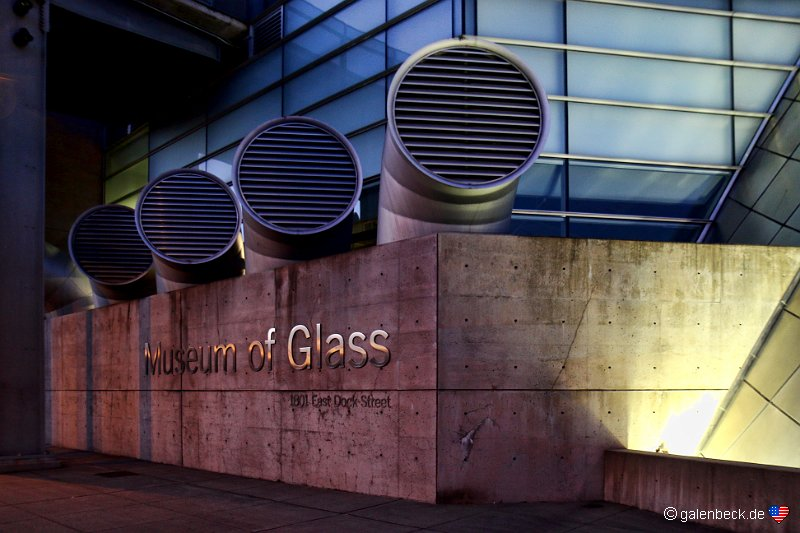 Museum of Glass am Abend