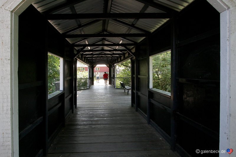 Pedestrian Covered Bridge Silverton